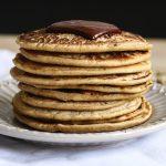Des pancakes à l'épeautre extra léger sain et nutritif