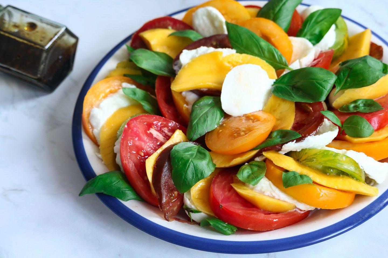 Tomate, mangue, mozzarella & Basilic