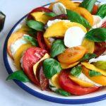 tomate, mangue et mozzarella